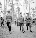 German Col General Nikolaus von Falkenhorst and Finnish Maj General Hjalmar Siilasvuo at their meeting in Kuusamo, Finland, 29 Aug 1941. Photo 2 of 4.