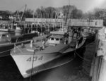 PT-434, an American built British Vosper design 70-foot motor torpedo boat shortly after completion at the Herreshoff Manufacturing Company in Bristol, Rhode Island, United States, Mar 1944.