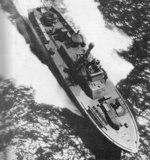 Overhead view of PT-515, an Elco 80-foot motor torpedo boat with MTB Squadron 35, making a dash across Pamlico Sound, North Carolina, United States as the squadron moved from Rhode Island to Florida, 11 Apr 1944.