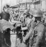 Chinese entertainer visiting troops, Shanghai, China, Aug 1937