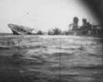 Yamakaze sinking as seen from the periscope of USS Nautilus, 25 Jun 1942, photo 1 of 2