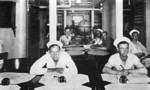 Crewmen in the reception room aboard USS New Mexico, 1919