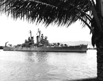 Cruiser USS Pasadena entering Pearl Harbor, Hawaii on a summer NROTC midshipmen's cruise, 9 Aug 1948.