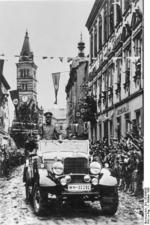 Hitler touring Graslitz, Sudetenland, Germany (occupied Czechoslovakia), 4 Oct 1938