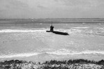Ha-19 beached on Oahu, US Territory of Hawaii, 8 Dec 1941, photo 7 of 7