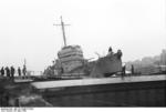 HMS Cambeltown wedged in the dock gates of Saint-Nazaire, France, 28 Mar 1942, photo 09 of 10