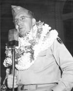 US Army Lieutenant Colonel A. A. Pursall of US 442nd Regimental Combat Team addressing returning veterans at the Iolanni Palace, Honolulu, US Territory of Hawaii, 9 Aug 1946