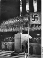 Goebbels speaking during Mussolini