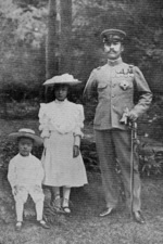 Prince Kotohito with Princess Yukoko and Prince Haruhito, 1905
