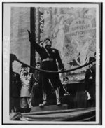 Mussolini speaking, date unknown