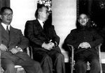 Song Ziwen and Chiang Kaishek at a meeting, circa 1940s