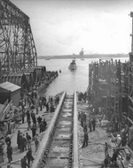 Launching of submarine Dragonet, Philadelphia, Pennsylvania, United States, 18 Apr 1943