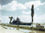 HMS Howe transiting the Suez Canal, Egypt, 14 Jul 1944, photo 1 of 2