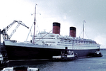 RMS Queen Elizabeth at Cherbourg, France, Jul 1966, photo 1 of 2
