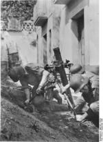 German troops setting up an 8 cm GrW 34 mortar in southern Italy, Sep 1943