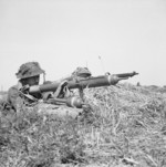 British PIAT team, Normanie, France, 9 Aug 1944